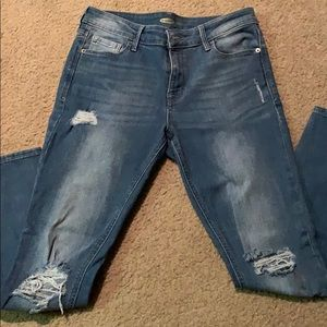 Old Navy Super Skinny Rockstar Distressed Jean